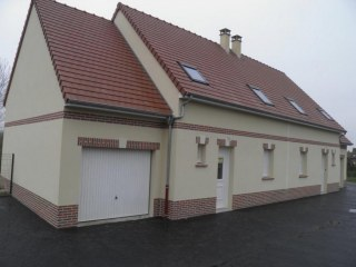 Location maison F4 100 m² jardin, garage, parkings