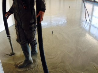 Chape ciment liquide