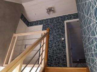 peinture escalier et tapisserie Tincques