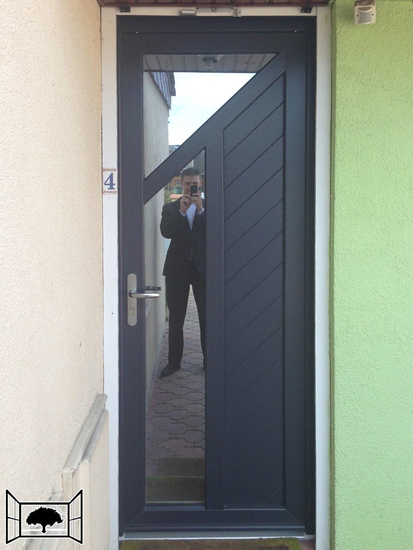 Porte d'entrée PVC anthracite 7016 Lille door'plast bipa