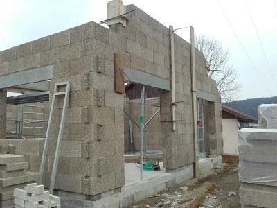 mur en blocs de béton de chanvre