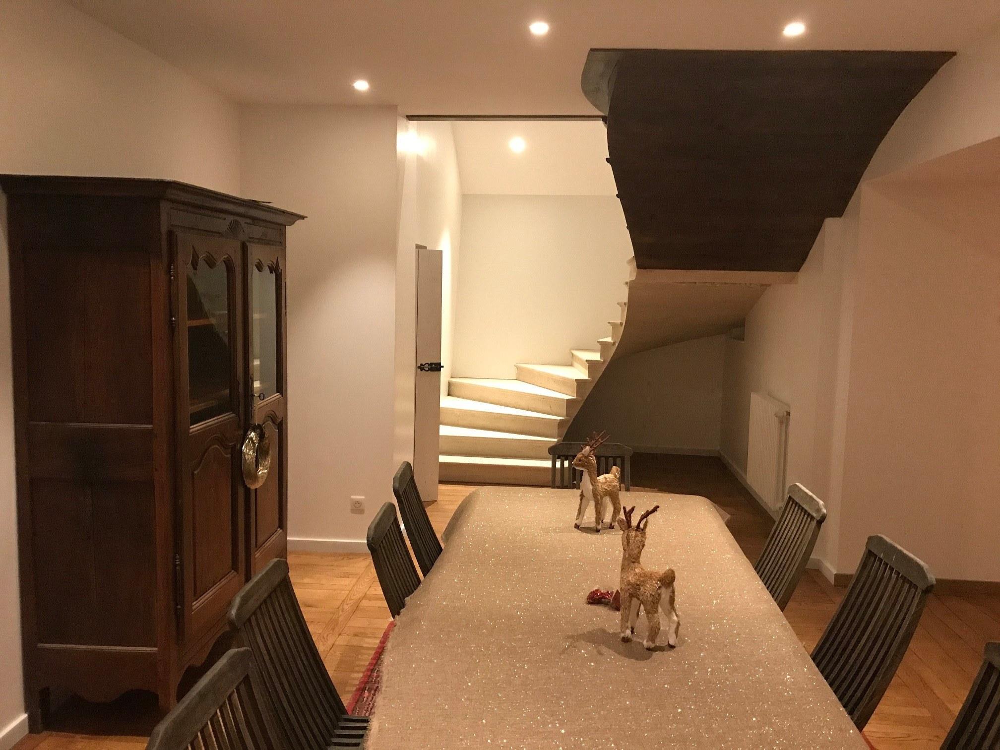 escalier en pierre de bourgogne