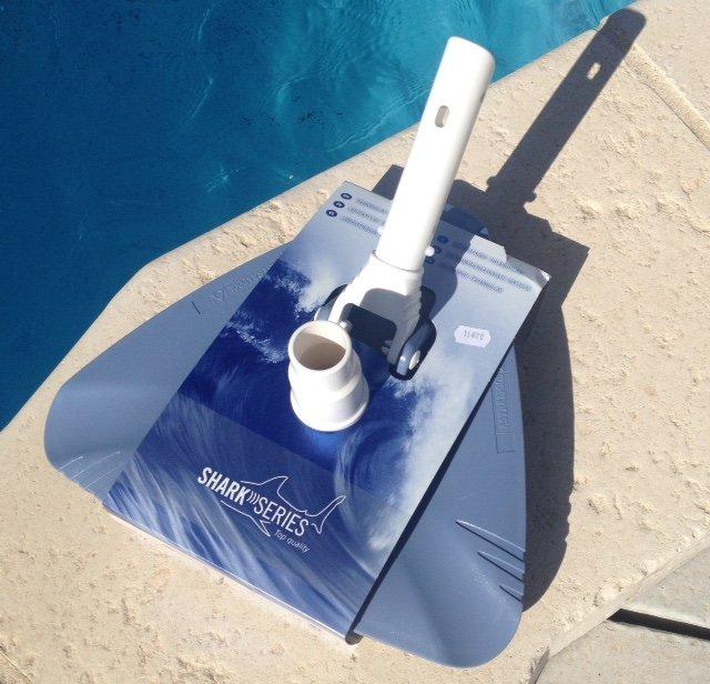 brosse aspirateur piscine
