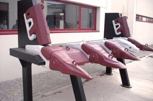 HIOT - Travaux publics  - Outillages - peinture - réparation - Industrie - activités - carrières