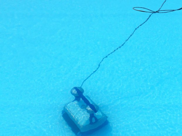 robot dans l'eau