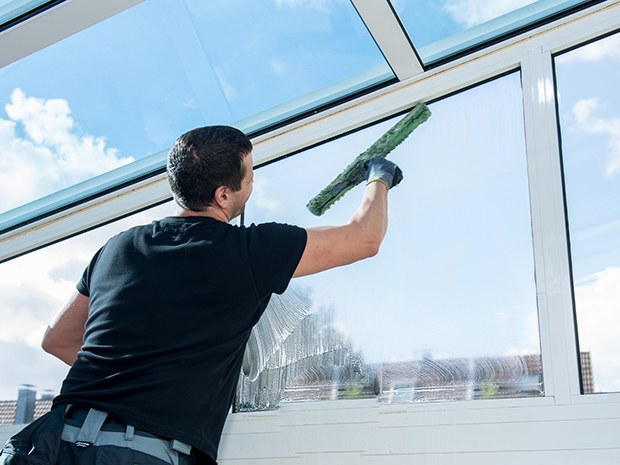 Le nettoyage de vitres
