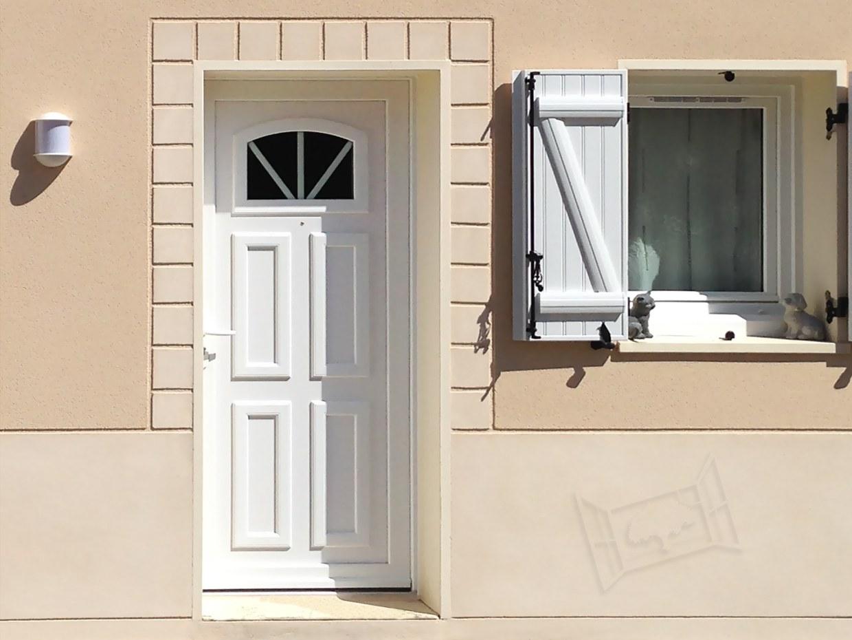 Porte d'entrée PVC Bipa Door'plast doorplast