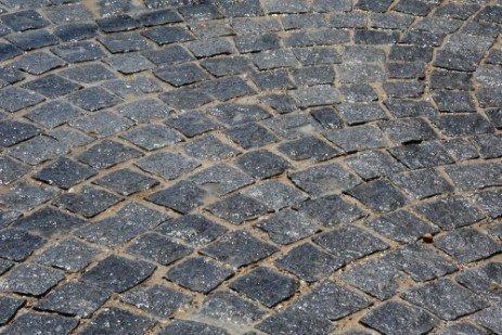 pave en pierre magasin de carrelage aubagne ambiance pierre et carrelage