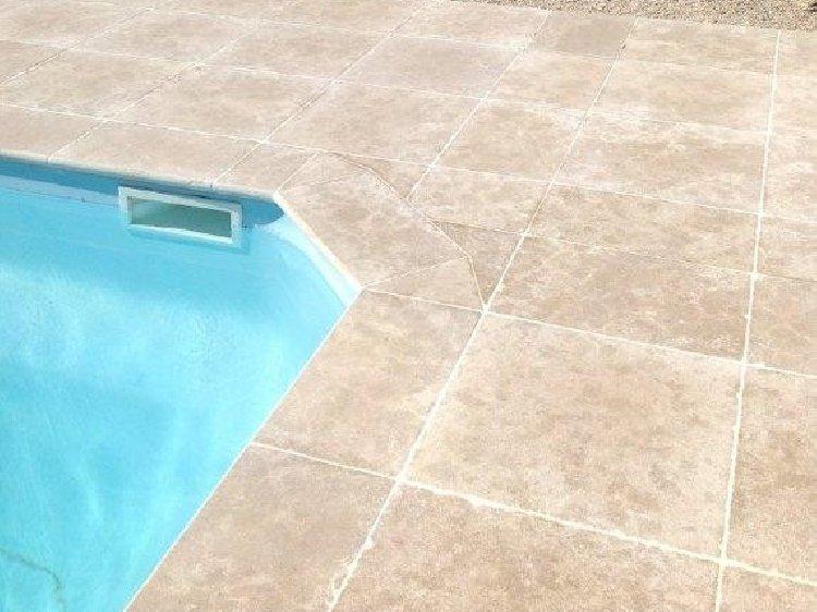 carrelage piscine pierre naturelle
