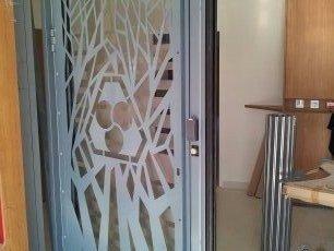 menuiserie métallique - cloisons - sécurité - Espace Métallerie Protection - réalisations - clôtures - portails