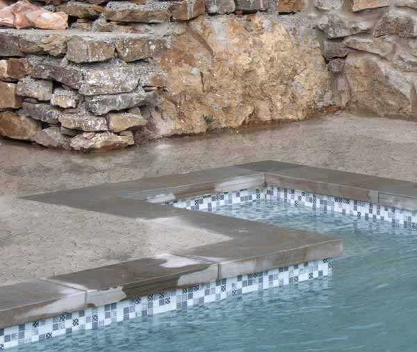 vente-mosaique-piscine-vaucluse-84-luberon.
