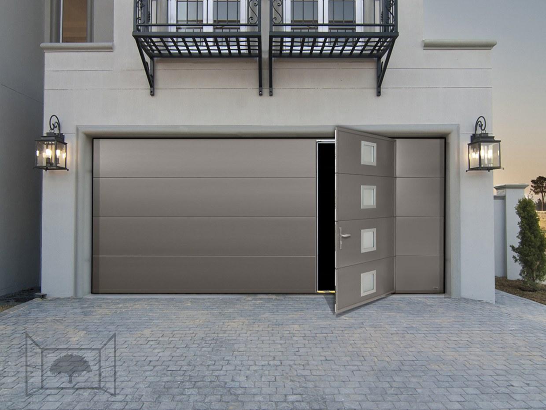 Porte de garage sectionnelle avec portillon hublots alunox gris 2900 sablé