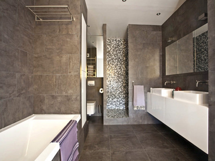 Beautiful modele de salle de bain moderne photos for Modele salle de bain design