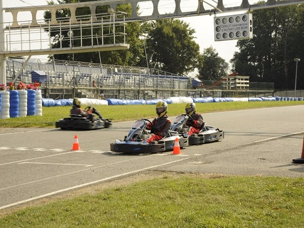 Stages karting