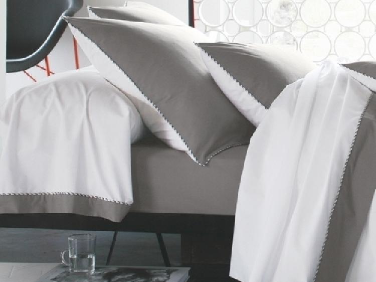 blanc des vosges l 39 esprit de vos nuits par literie bosommeil city literie sommier agde canape. Black Bedroom Furniture Sets. Home Design Ideas
