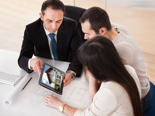 Obtention de prêt locatif, relais et travaux