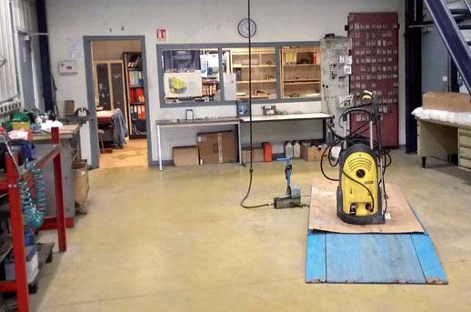 HIOT - Travaux publics  - Outillages - peinture - réparation - Industrie - activités - SAV