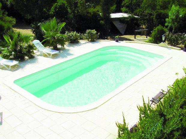 piscines polyester