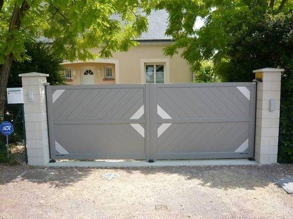 Portail battant aluminium