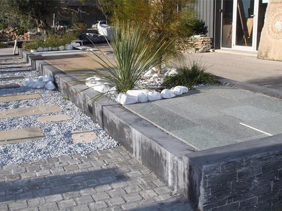 exposition dalles en pierre terrasse pose ambiance pierre carrelage