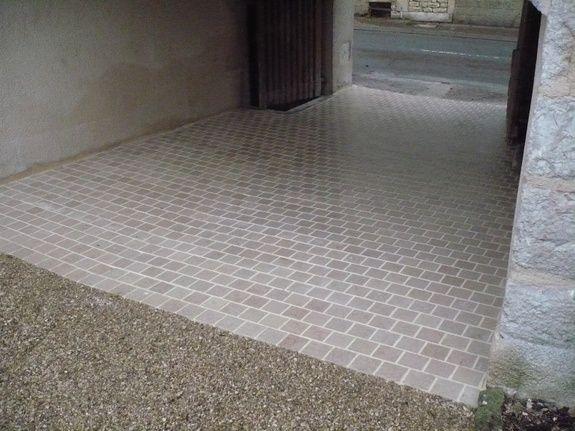 dallage pierre entrée maison