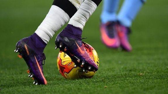 crampons-football-salon-de-provence