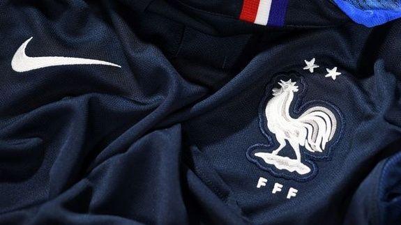 nouveau-maillot-equipe-france-sport2000-salon-de-provence