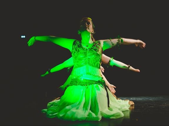 Cours de danse orientale : technique et musicalité