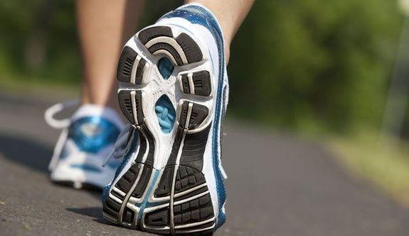 choisir-chaussure-running-sport2000-salon-de-provence.