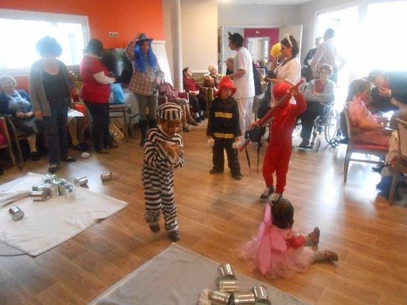 Journée Carnaval avec les enfants du personnel de la résidence