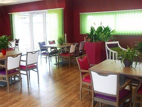 Salle de restaurant Prune